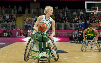 Amber Merritt, atleta paralimpica nata con piede torto: quando la chirurgia fallisce