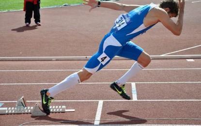 un atleta con il piede torto nelle gare mondiali